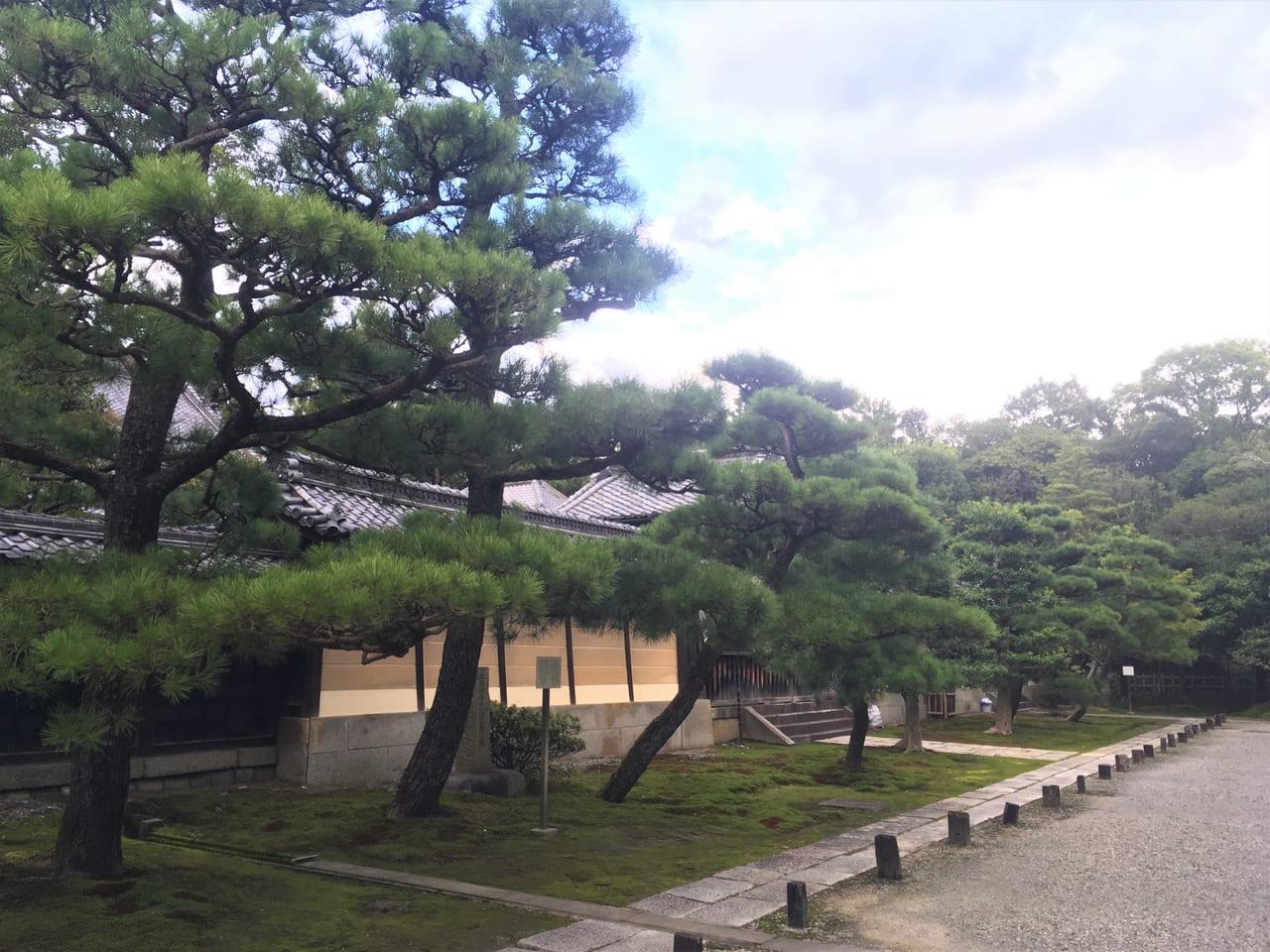 妙興寺の中